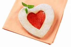 2345469-heart-shaped-shortbread-cookie